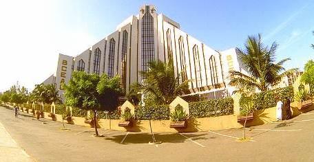 MAITRE WADE « Il faut que le surplus de 1500 milliards placé à l'étranger revienne en Afrique »