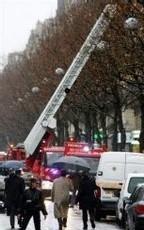 FRANCE - Attentat dans l'immeuble du cabinet de Sarkozy : un mort