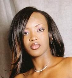 [PHOTOS] SARAH: Charme bambara en Ivoire