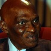 """Le president wade : """"Faire du combat contre les Ape une question africaine"""""""