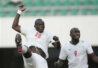 [VIDEO - PHOTOS] L'ANGOLA GIFLE SEVEREMENT LE SENEGAL: Buts et temps Forts du Match (3 buts à 1)