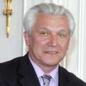 KASPERCZAK EMPOCHE UN DEMI MILLARD DE FCFA et rend 85 millions à l'état du Sénégal suite à sa démission