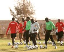 """ÉLIMINATION PRÉMATURÉE DES """"LIONS"""" DE LA CAN : Me Wade pour des Assises nationales sur le football"""