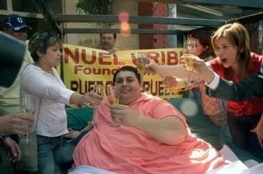 MANUEL URIBE PESAIT 570KG : L'homme le plus gros du monde a perdu 230 kg