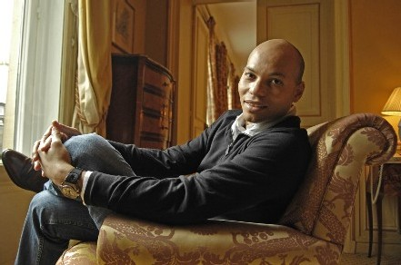 POUR LE SOMMET DE L'OCI: Karim Wade offre 278 millions de FCfa en liquide au quotidien « Le Soleil »