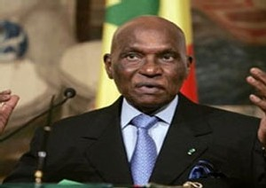 TCHAD-SOUDAN: Wade veut un accord mercredi à Dakar