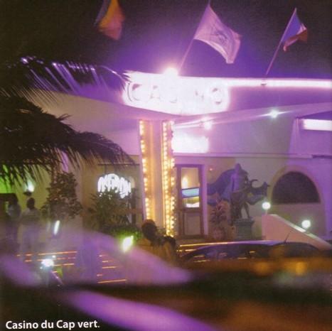PROLONGATION DE L'OCI: Des hôtes de Wade envahissent le Casino Night club