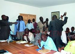 [ VIDEO ] VIOLENCE: Les libéraux se battent au Conseil régional de Dakar
