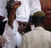 Modification de la Constitution: Wade lâche enfin Habré….