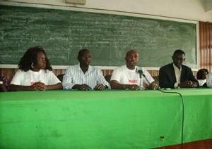APRES LE REPORT DE LEUR MARCHE: La déclaration de guerre des jeunes de l'opposition