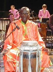 Doudou Ndiaye Rose promet une ambiance d'''harmonie'' pour son concert avec un groupe japonais