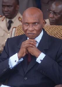 Le président Wade annonce un projet de pacte de stabilité sociale et de croissance économique