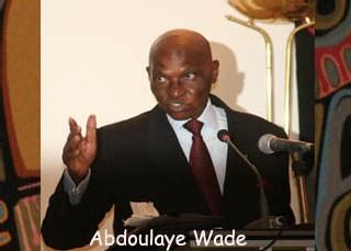 Le président Wade aux femmes : ''nous allons vous donner des terres et des moyens d'aller jusqu'à la limite de vos capacités''