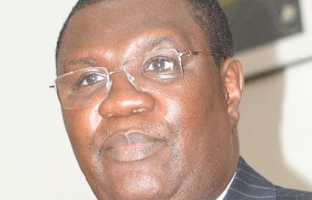 APRES L'OBSERVATEUR: Me Ousmane Ngom porte plainte contre ''Le courrier''