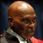 Wade à Mugabe : ''faites face à vos militants''