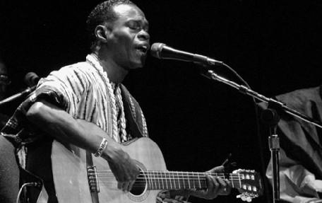 Un Album nommé «On the Road» : Baaba Maal retourne à son passé acoustique