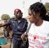 MARCHE CONTRE LA CHERTE DE LA VIE AU SENEGAL:  Les femmes du Fss passent de la colère au deuil
