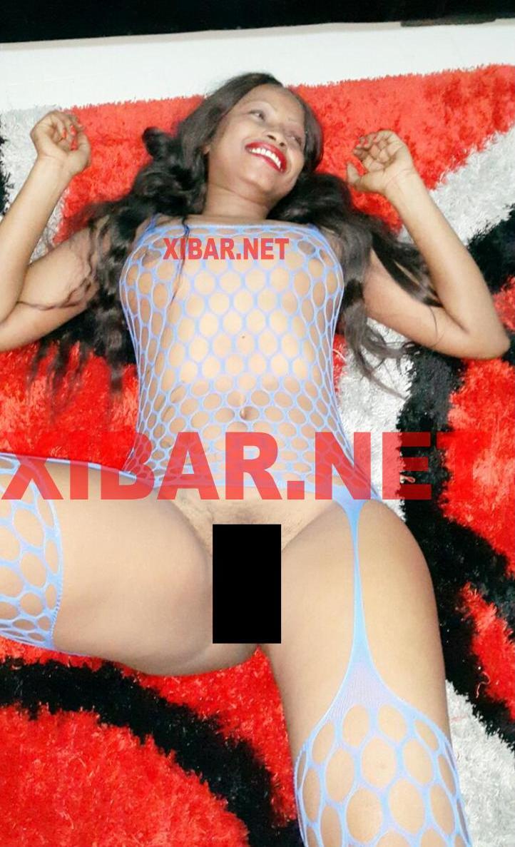PHOTOS EXCLUSIVES: Des nouvelles photos de Mbathio Ndiaye nue