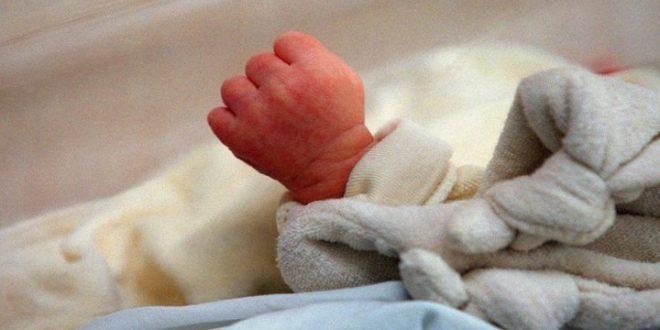 Londres : suspecté de terrorisme, un nourrisson de 3 mois convoqué à l'ambassade américaine