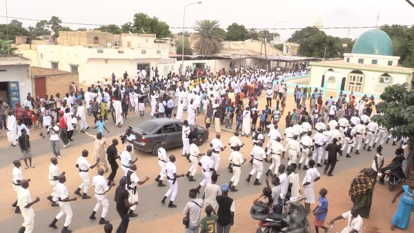 PHOTOS - Serigne Modou Kara envoie 1111 disciples à Touba pour des …