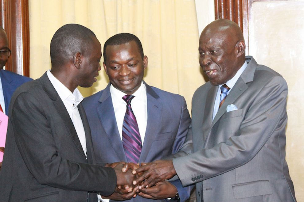 Serigne mboup lu pr sident de l union nationale des for Chambre de commerce dakar senegal