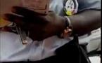 Version du policier Assane Diallo : « La vérité sur l'attestation avalée… » Aïda Ndiaye, en compagnie de sa collègue Sokhna Bousso Gaye, avait refusé de…