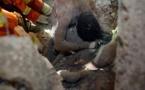 CHINE: La photo poignante d'un père qui s'est sacrifié pour sauver sa fille