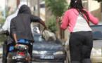 2 agresseurs à bord d'un T-Max volent près de 2 millions FCFA et 300 euros à…