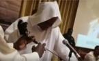 VIDEO - REALITE OU FICTION? Serigne Modou Kara tombe entrance après avoir écouté…