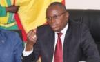 A QUOI JOUE LE DAGE DU MINISTERE DES SPORTS ? : Après voir affirmé mardi qu'il ne devait «rien du tout» à Mr Diop, il lui versé 31 282 700 en liquide, hier soir