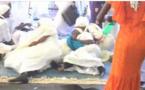 Vidéo: Après le départ du Khalife, Cheikh Sidy Mokhtar Mbacké, les fidèles se ruent sur la place où il était assis