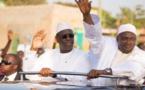 GENEROSITE EXCESSIVE : Macky offre voitures de luxe et motos à la Gambie