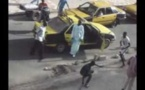 Regardez la Bagarre rangée entre taximen