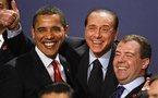 SOMMET DU G 20: Berlusconi fait le clown et se fait gronder par la reine