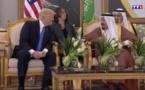"""Face aux leaders musulmans, Donald Trump appelle à """"isoler"""" l'Iran"""