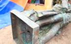 Ouverture du Magal des 2 raakas: Effondrement de la statue de Faidherbe : chute spectaculaire…