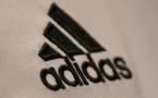 Scandale Fifa: Adidas ne lâche pas encore complètement Blatter