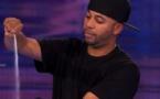 Ce magicien fait halluciner le jury de America's Got Talent avec juste... du sel !