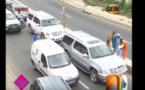 Vidéo: Abba Arrête la voiture d'Amadou Sall, le fils du président Macky Sall Sur la Corniche.Regardez