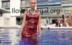 L'incroyablement sexy Ndèye Ndack nous invite dans une piscine