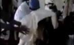 Vidéo: un autre chanteur religieux attaqué en plein Dahira. A mourir de rire