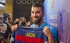 FC Barcelone : Le N°7 pour Arda Turan