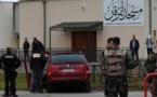 FRANCE : Un homme fonce en voiture sur un militaire posté devant une mosquée de Valence