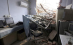 Un hôpital chinois démoli avec des gens à l'intérieur