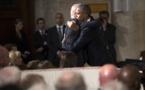 """[ Video] Barack Obama à Joe Biden: """"Je te donnerai tout l'argent dont tu as besoin"""""""