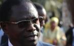 Pape Diop constate « un simulacre de diminution de prix du carburant »