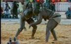 Vidéo: Moussa Ndoye Bat Tonnerre. Regardez