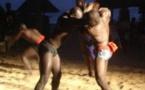 Vidéo: Un célèbre lutteur interdit sa femme d'avoir un téléphone portable, parce que…