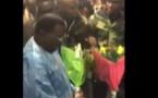 Apres paris, Regardez comment Cheikh Béthio est accueilli à l'aéroport de Milan
