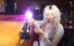 PHOTOS - Colle Faye inonde Wally Seck de billets de banque